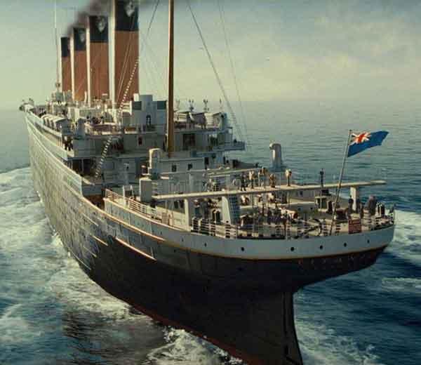 टाइटॅनिक जहाज... - Divya Marathi