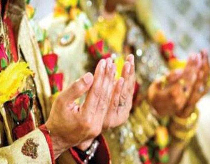 ट्रिपल तलाक म्हणजे नेमके काय? वाचा... (फाईल) - Divya Marathi