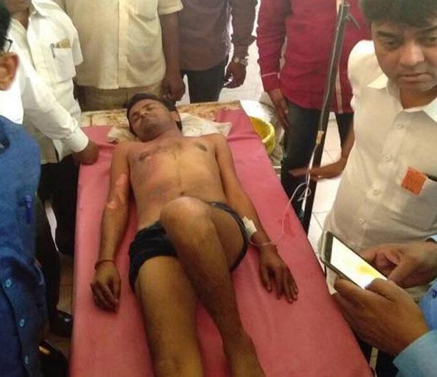 भाजप उमेदवार शितल मालू यांचे पती विनोद यांना उपचारासाठी शासकीय रुग्णालयात दाखल करण्यात आले. - Divya Marathi