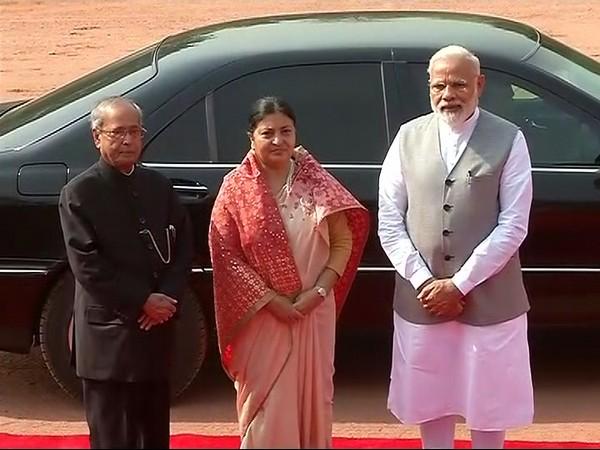 नेपाळच्या राष्ट्रपती बिद्या देवी भंडारी 5 दिवसांच्या भारत दौऱ्यावर आहेत. - Divya Marathi