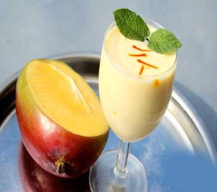 Recipe रसरशीत आंब्याचे 7 चविष्ट पदार्थ, एकदा अवश्य करुन पाहा...  - Divya Marathi