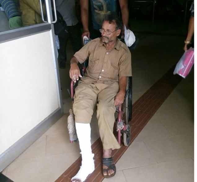 जखमी चालक - Divya Marathi