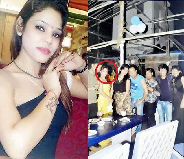 अॅक्ट्रेस कृतिका चौधरी(डावीकडे), कृतिकाच्या बर्थडे पार्टीचा फोटो (उजवीकडे). लाल वर्तुळात कृतिका. - Divya Marathi
