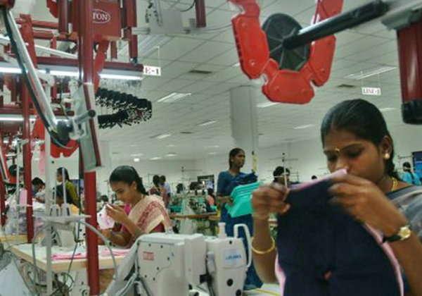 पीएफ अडकलेले एक लाख कर्मचारी रोजगार प्रोत्साहन योजना (PMRPY) आणि प्रधानमंत्री परिधान रोजगार प्रोत्साहन योजनेशी (PMPRY) निगडीत आहेत. - Divya Marathi