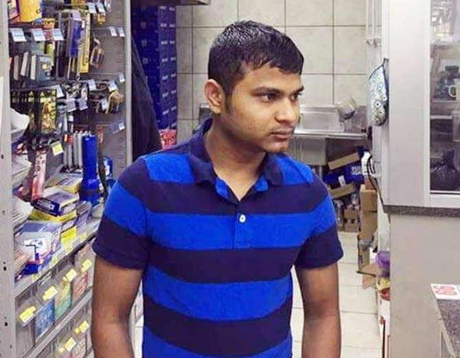 गुजरात येथील समीर अटलांटा येथील एका स्टोरमध्ये काम करतो. (संग्रहित फोटो) - Divya Marathi