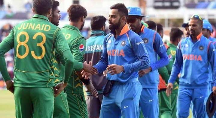 सीरीजमधील पहिला सामना भारत-पाकिस्तान दरम्यान झाला होता. टीव्हीवर 20 कोटी लोकांनी तो पाहिला. - Divya Marathi