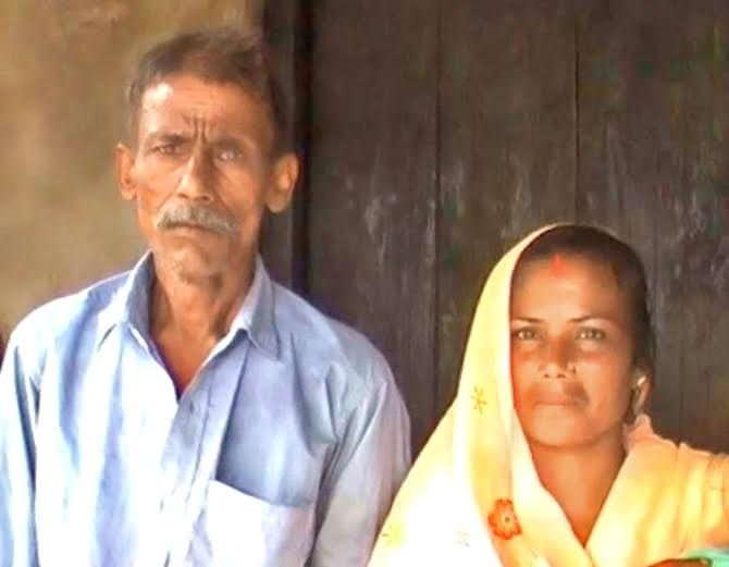 55 वर्षाच्या निषादने आपल्या 33 वर्षीय सुन पन्नूसोबत विवाह केला आहे. - Divya Marathi