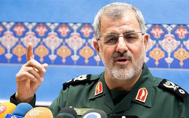 इराण रेव्होल्युशनरी गार्ड्सच्या ग्राउंड फोर्सचे कमांडर मोहम्मद पकपूर यांनी दहशतवाद्यांना कुठल्याही ठिकाणातून शोधून ठार मारणार असे ठणकावले आहे. - Divya Marathi
