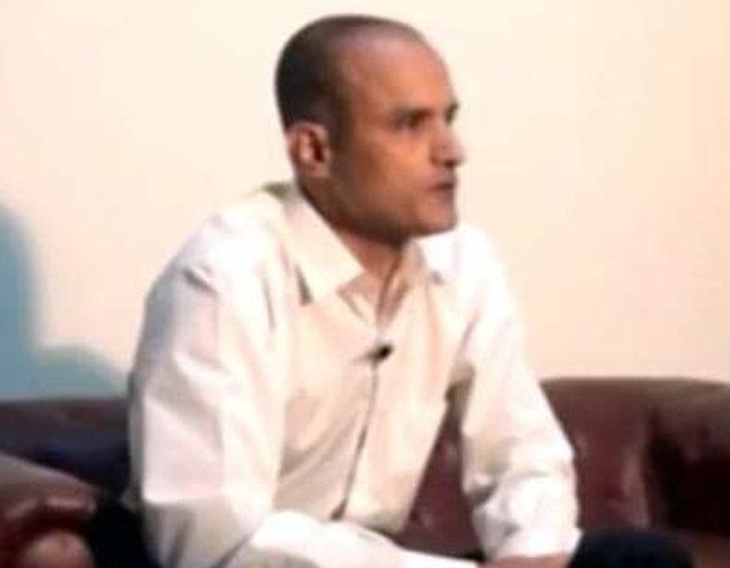 जाधव यांचे प्रकरण आंतरराष्ट्रीय न्यायालयात प्रलंबित आहे. (संग्रहित फोटो) - Divya Marathi