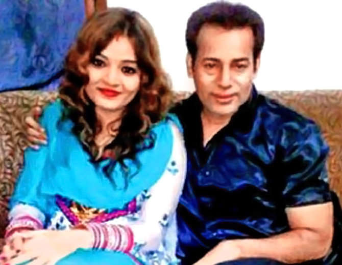 2014 मध्ये मुंब्रा येथील कौसर नावाच्या एका मुलीसोबत अबू सालेमने लग्न केल्याची बाब समोर आली होती. - Divya Marathi