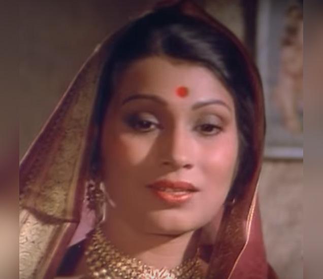 \'भालू\' या चित्रपटातील उमाताईंचा फोटो. - Divya Marathi