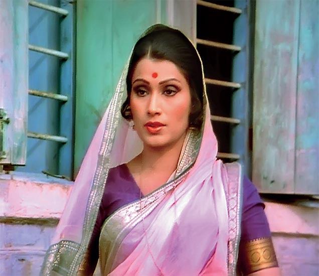 दुसऱ्या पिढीतील जे कलाकार भालजी पेंढारकर यांच्या हाताखाली घडले त्यात भेंडे यांचा समावेश होता. - Divya Marathi