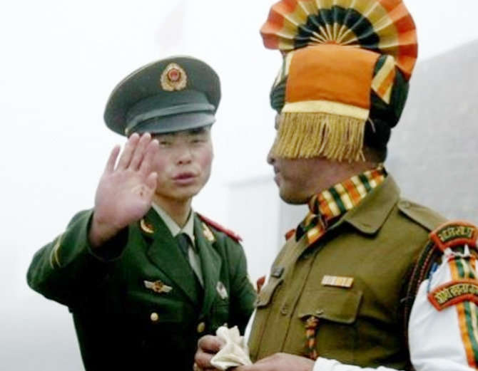 चीनने भारतावर घुसखोरी केल्याचा आरोप लावला आहे. (संग्रहित फोटो) - Divya Marathi