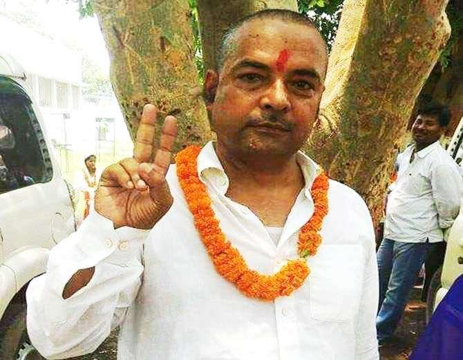 आरजेडी नेते केदार राय यांची गुरुवारी तीन अज्ञात हल्लेखोरांनी हत्या केली. - Divya Marathi