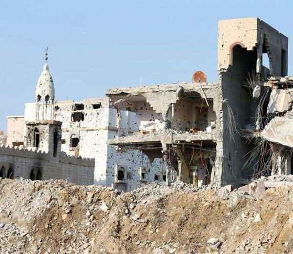 सौदीतील सिक्युरिटी फोर्सच्या ऑपरेशनमध्ये नष्ट झालेले आवामिया शहर... - Divya Marathi