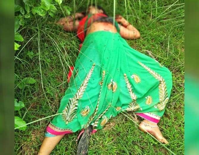 विवाहित रोशनीचा तिचा बॉयफ्रेंड ईश्वरने गोळ्या झाडून खून केला. - Divya Marathi