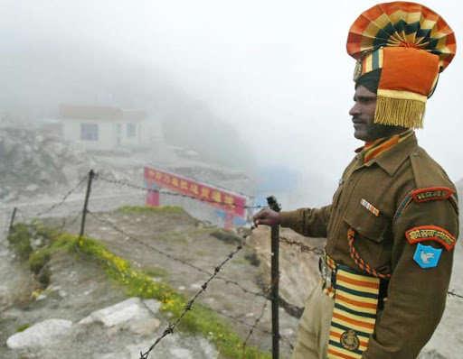 16 जूनपासून भारत आणि चीनमध्ये डोकलाम मुद्द्यावर वाद सुरु आहे. - Divya Marathi