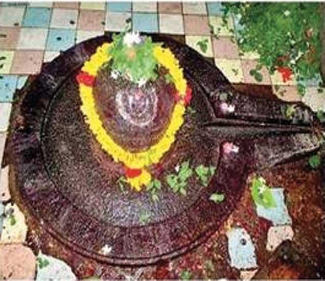 श्री रामांनी स्थापन केलेले शिवलिंग. - Divya Marathi