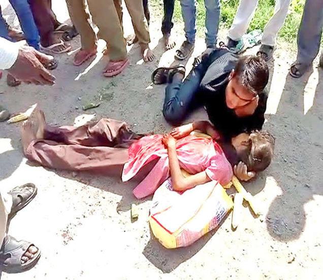 भरधाव ट्रकने बाइकस्वार बहीण-भावाला जोरदार धडक मारली. - Divya Marathi
