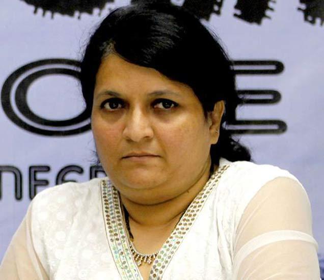 सामाजिक कार्यकर्त्या अंजली दमानिया. - Divya Marathi