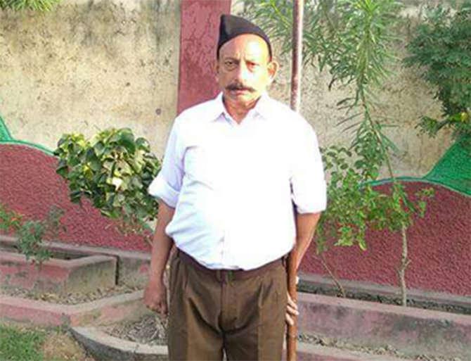 जमीनीच्या वादातून हत्या झाल्याचे कुटुंबियांचे म्हणणे आहे. - Divya Marathi