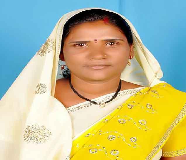 खून झालेली महिला. - Divya Marathi