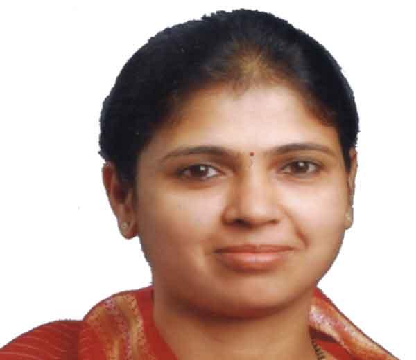 आमदार मोनिका राजळे यांना आगामी मंत्रिमंडळ विस्तारात मंत्रिपद देण्याबाबत भाजपमध्ये जोरदार खल सुरू असल्याची माहिती मिळत आहे. - Divya Marathi