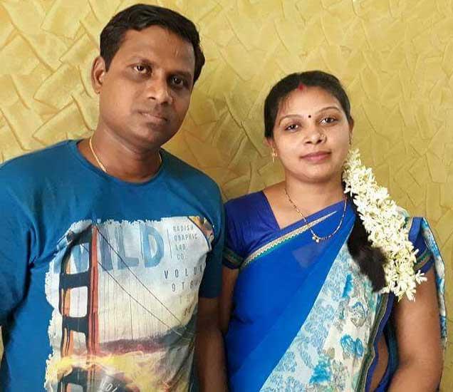 पती राजेश सिंगसोबत विवाहिता संगीता. - Divya Marathi