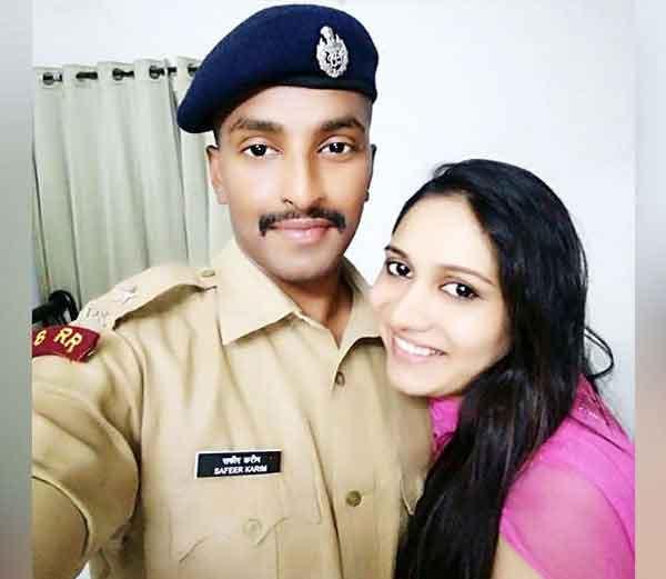 पत्नी जोइसी एन जियासमवेत आयपीएस सफीर करीम..... - Divya Marathi