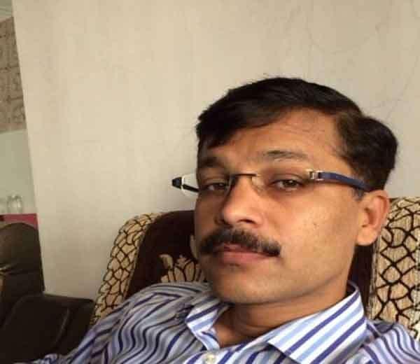 IAS तुकाराम मुंढे.... - Divya Marathi