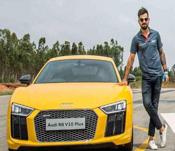 AUDI R8 V10 PLUS, किंमत 2 कोटी 80 लाख रूपये... - Divya Marathi