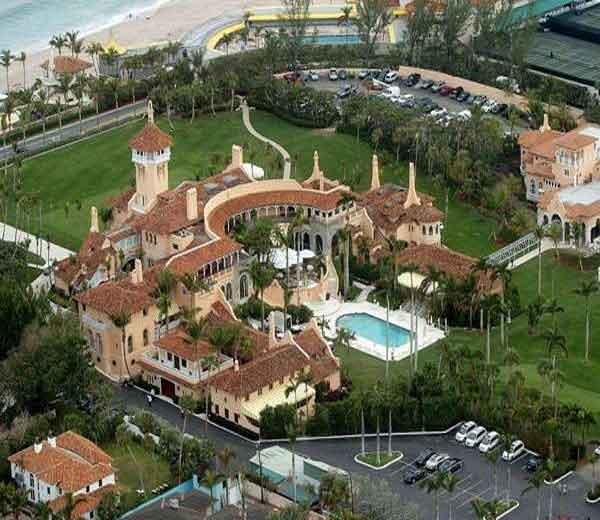डोनाल्ड ट्रम्प यांचे फ्लोरिडामधील पाच बीचवरील अलिॆशान महल 'मार-ए लागो'. - Divya Marathi