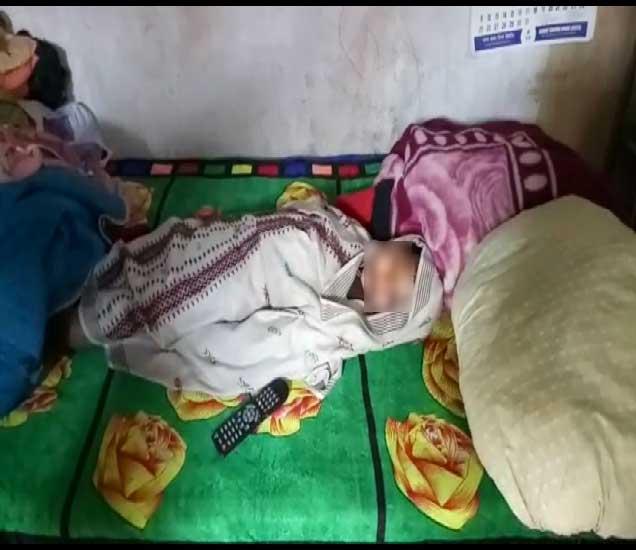 मारहाणीत मृत्यू झालेला चिमुकला. - Divya Marathi