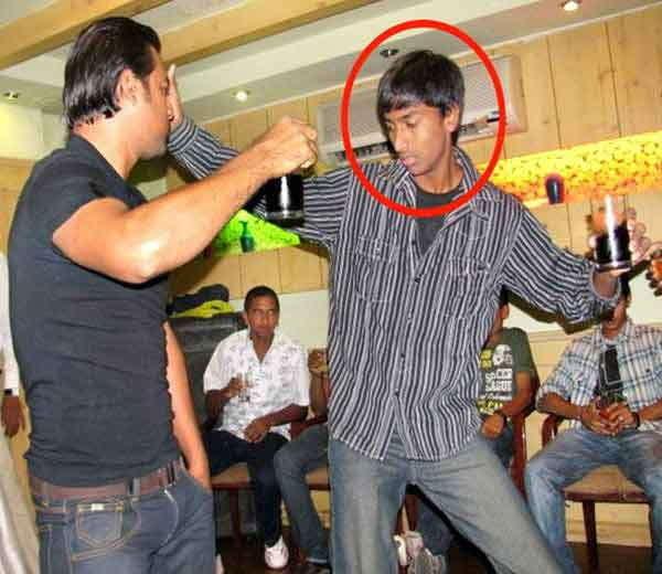 स्टार क्रिकेटर होण्याआधी क्रुणाल पांड्या असा दिसत होता. - Divya Marathi