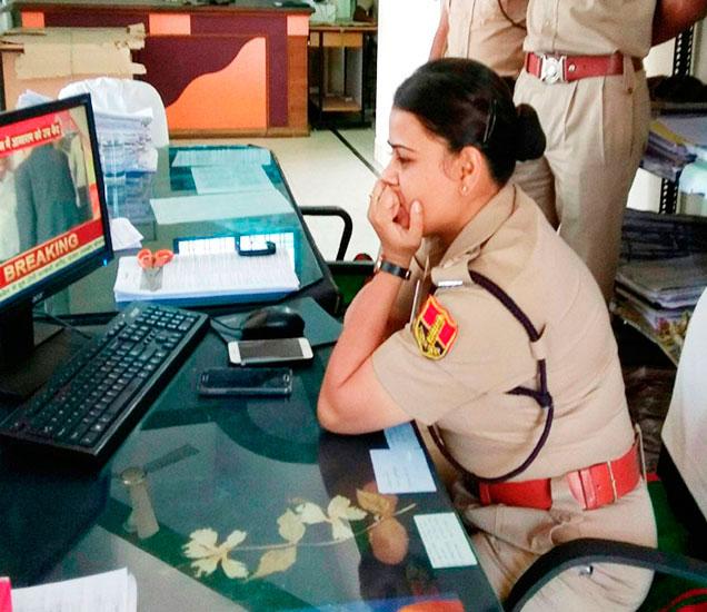 आसारामला जन्मठेपेच्या शिक्षेपर्यंत पोहचवणाऱ्या लेडी ऑफिसर. - Divya Marathi