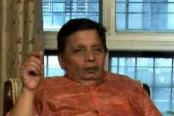दिलीप कोल्हटकर - Divya Marathi