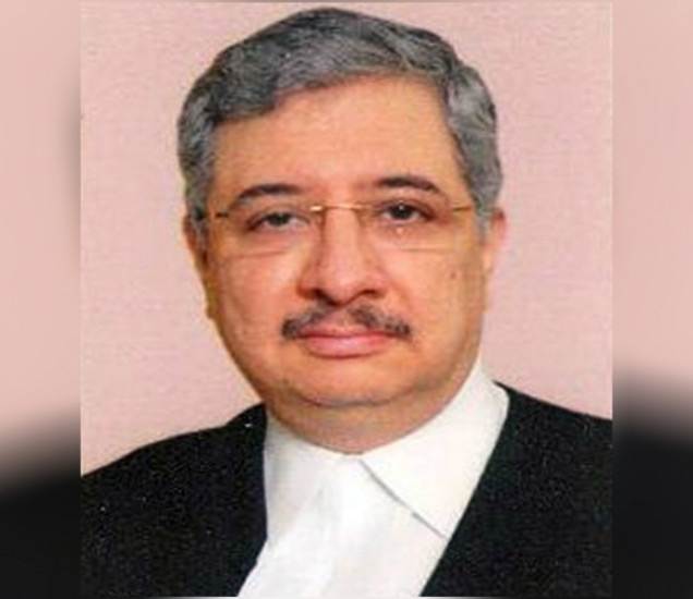 कथावाला यांनी 2009 मध्ये हायकोर्टाचे अतिरिक्त न्यायाधीश म्हणून शपथ घेतली होती. 2011 मध्ये ते हायकोर्टात कायमस्वरुपी न्यायाधीश म्हणून कायम झाले. - Divya Marathi