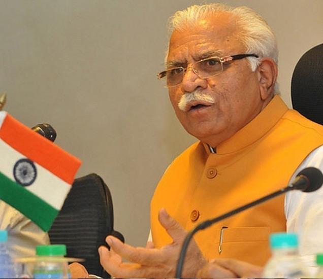 हिंदु संघटनांच्या विरोधानंतर मुख्यमंत्री खट्टर यांनी रविवारी नमाजबाबत वक्तव्य केले होते. - फाइल - Divya Marathi