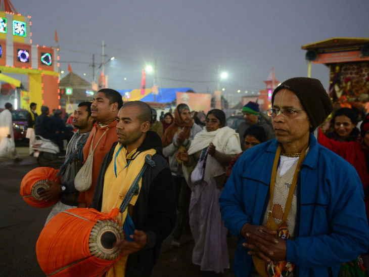 कुंभमेळ्यात सिलिंडर स्फोटामुळे किचनचा मंडप जळाला, मंगळवारपासून सुरू होणार 49 दिवसांचा सोहळा देश,National - Divya Marathi