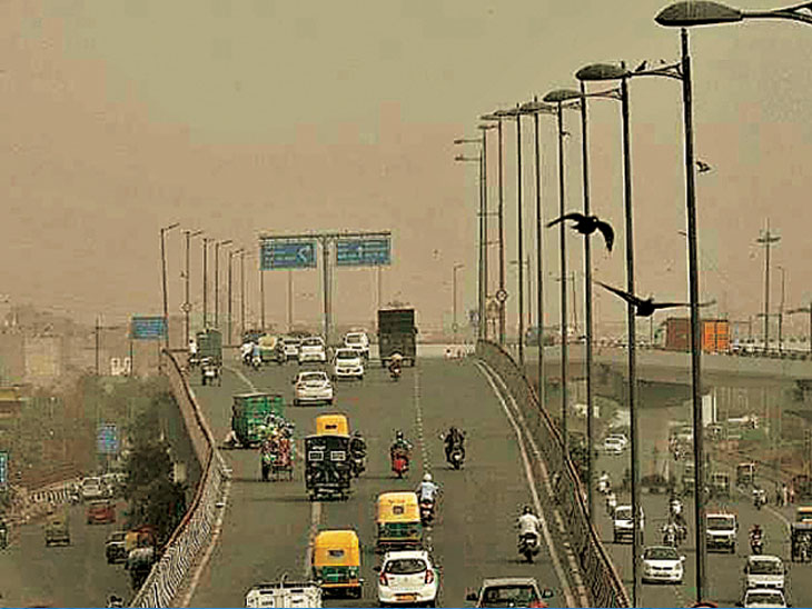 भारतात वायू प्रदूषणाने १२ लाख लोकांचा मृत्यू; घरातील प्रदूषण हवेला प्रदूषित करतेय|देश,National - Divya Marathi