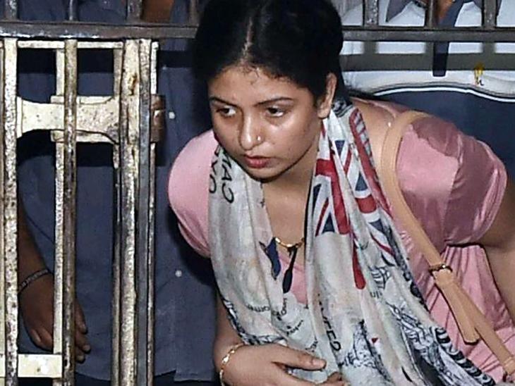 क्रिकेटर मोहंमद शमीची पत्नी हसीन जहांला मध्यरात्री अटक, पती-पत्नीचा वाद पुन्हा चर्चेत|क्रिकेट,Cricket - Divya Marathi