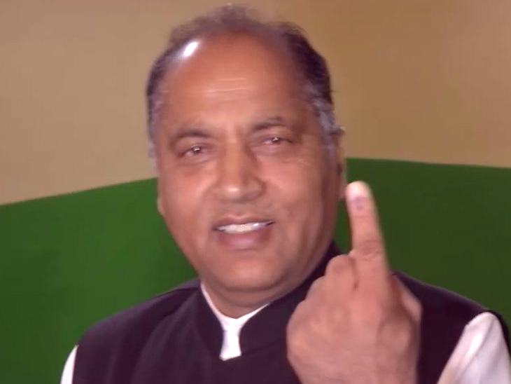 Election Breaking/ सातव्या टप्प्यात 60 % मतदान,  नरेंद्र मोदींसह 918 उमेदवार रिंगणात देश,National - Divya Marathi