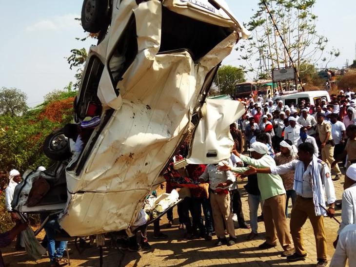 Accident: राष्ट्रीय महामार्गावर भरधाव टँकरने व्हॅनला चिरडले; 4 महिला, 2 मुलांसह 13 जणांचा मृत्यू नागपूर,Nagpur - Divya Marathi