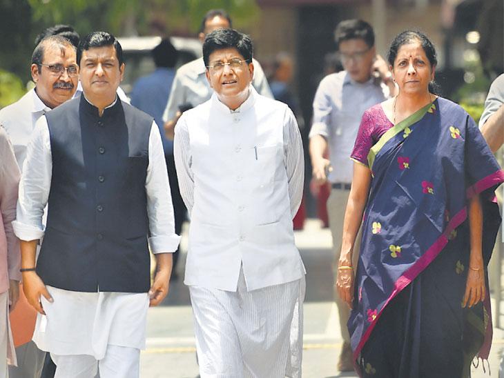 राजकीय घडामोडी :भाजपकडून २३ मेच्या उत्सवाची तयारी, भाजप कार्यालयात २३ मे रोजी ४० टीव्ही चॅनल्ससाठी केबिन|देश,National - Divya Marathi