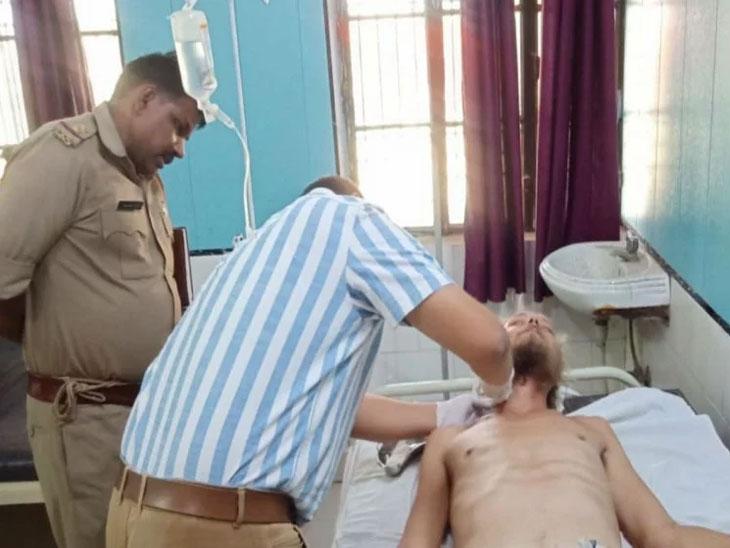मथुरा येथील घटना : 'राम राम' न म्हटल्यामुळे परदेशी भाविकावर केला चाकूने हल्ला|देश,National - Divya Marathi