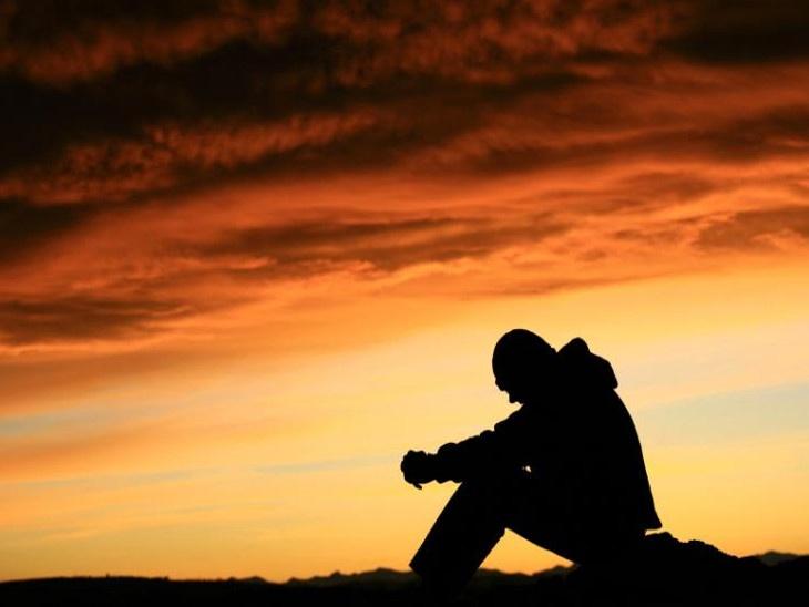 भविष्याची चिंता सोडून आपला आजचा दिवस आनंदाने जगला पाहिजे|जीवन मंत्र,Jeevan Mantra - Divya Marathi