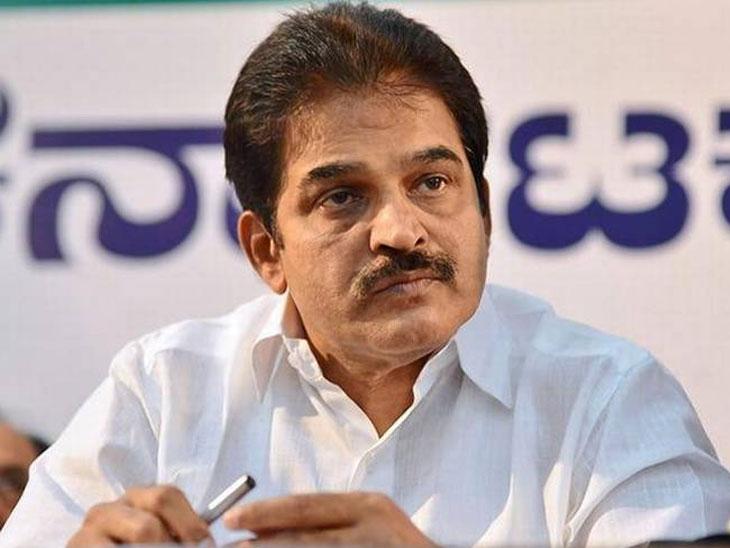 कर्नाटकात संकट  : नाराजांना मंत्री करा, सरकार वाचवा; काँग्रेस नेत्यांनी केले प्रभारींना आर्जव|देश,National - Divya Marathi
