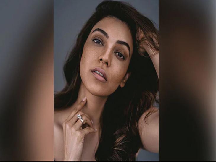 'सिंघम' चित्रपटाच्या अभिनेत्रीने मेकअप नसलेला फोटो केला पोस्ट, सोशल मीडियावर अशा प्रकारे होत आहे कौतुक  - Divya Marathi