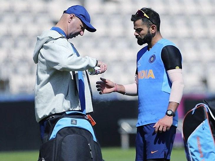 World Cup 2019: पहिल्या सामन्याच्या 3 दिवसांपूर्वीच भारताला झटका; सरावादरम्यान कोहलीच्या अंगठ्याला दुखापत|देश,National - Divya Marathi