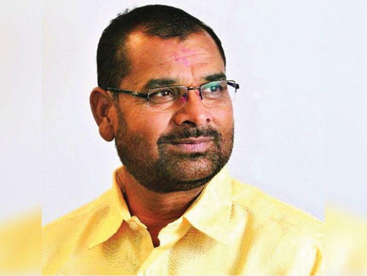 आम्ही कमळ चिन्हावरच विधानसभा  निवडणूक लढवणार : सदाभाऊ खाेत|पुणे,Pune - Divya Marathi